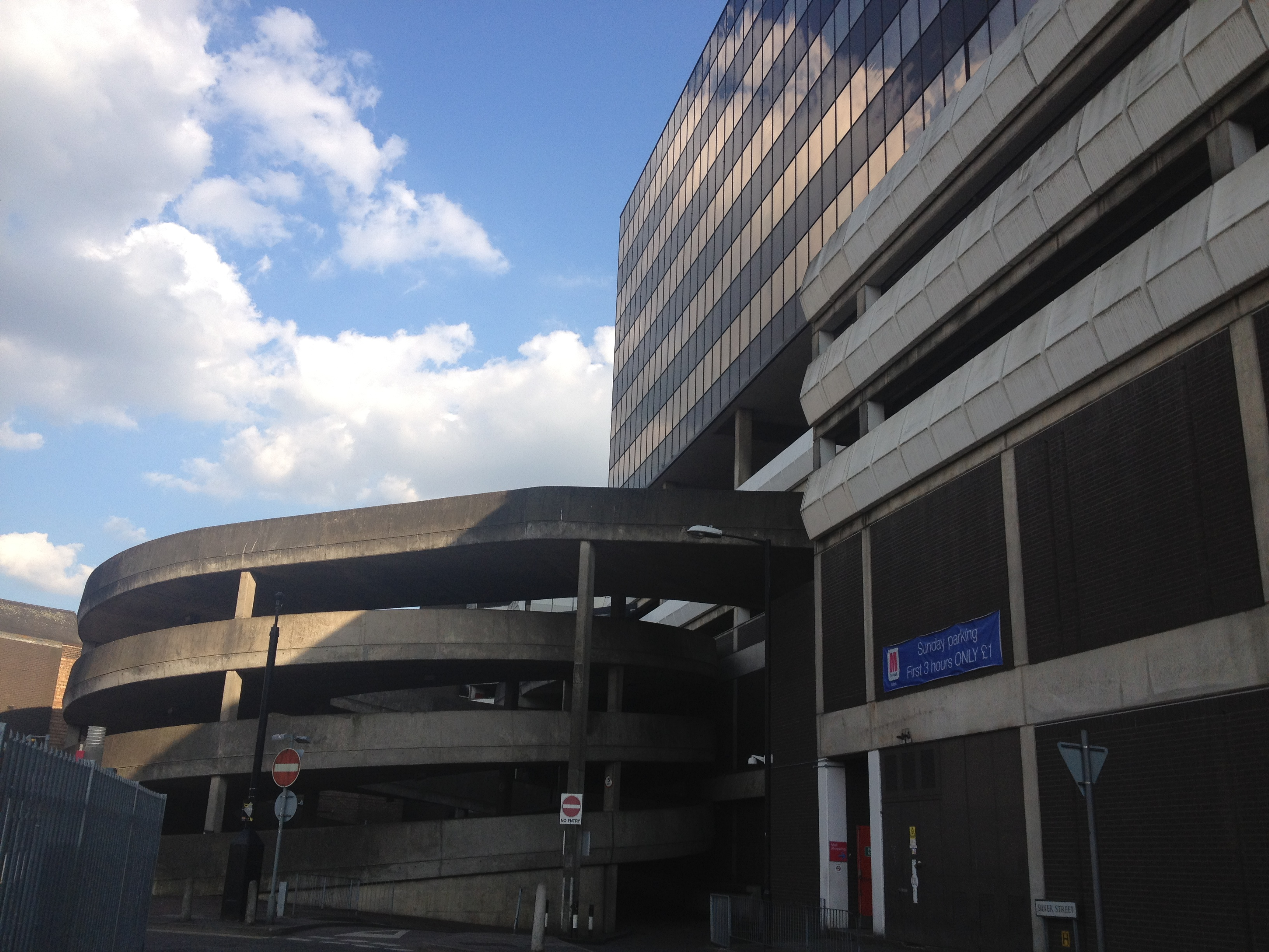 Luton Mall Car Park